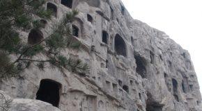 # 192: Exploring the 100000 Buddha caves
