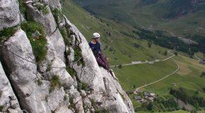 #61 : Climbing the cliffs to meet the ibex