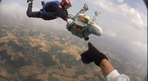 #1 : Skydiving at 4000 meters high