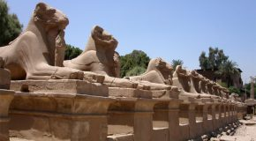 #84: Visiting the temples & tombs of Thebes