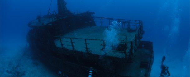 #59 : Diving on the wreck of Mama Vina in Mexico