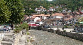 #239 : Visiter Prizren la Kosovare