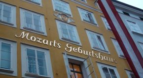 #247 : Visiting Mozart's birthplace in Salzburg