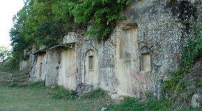 #252 : Explorer les tombes royales Illyriennes de Selcë