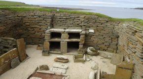 #330 : Explorer le village néolithique complet de Skara Brae