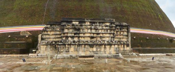 #372 : Découvrir la cité sacrée d'Anurâdhapura au Sri Lanka