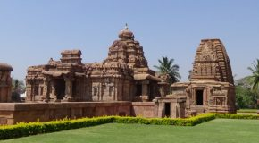 #386 : Visiting the antique temples and remains of Pattadakal