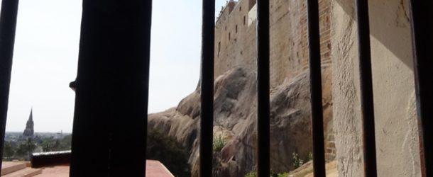 #393 : Se brûler les pieds sur les marches du temple de Trichi