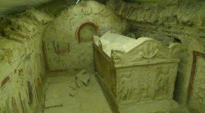 #457 : Visiter la nécropole paléochrétienne de la ville aux Cinq Basiliques