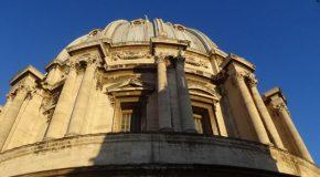 #467 : Grimper dans la coupole de Michel-Ange à Rome