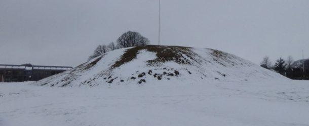 #437 : Rendre visite au roi viking Bluetooth à Jelling