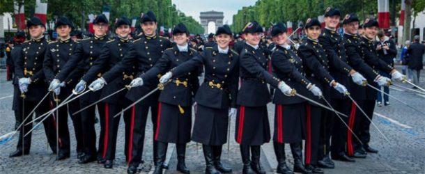 #35 : Participer au défilé militaire du 14 juillet sur les Champs Elysées