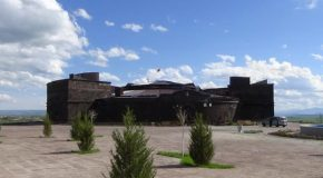 #498 : Visiting the Black Bastion of Alexandropol in Gyumri in Arménie