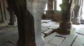 #514 : Rendre visite aux plus célèbres calligraphes monastiques à Sanahin