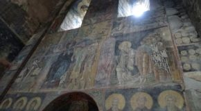 #488 : Visiting the fortified monastery of Akthala in Armenia