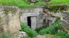 #572 : Exploring the damned graves of Gadara
