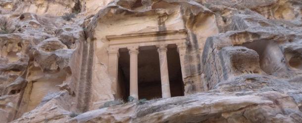 #556 : Explorer le caravansérail de Little Petra