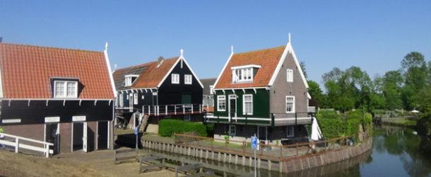 #595 : Visiting the village of Marken in Netherlands