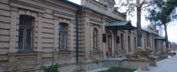 #629 : Strolling in the Tsarist times Samarkand