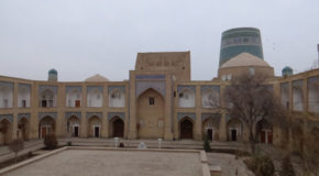 #632 : Visiting the largest Central Asian madrasa in Khiva