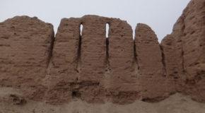 #638 : Visiter la citadelle et le château de terre d'Ayaz Qala