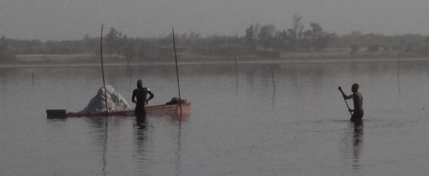 #673 : Voir les salines du Lac Rose au Sénégal