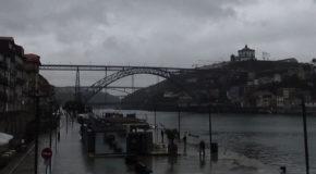#720 : Se la couler douce au bord du Douro à Porto